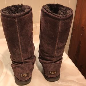 VGC UGG Classic Tall Boots Brown Sz 7